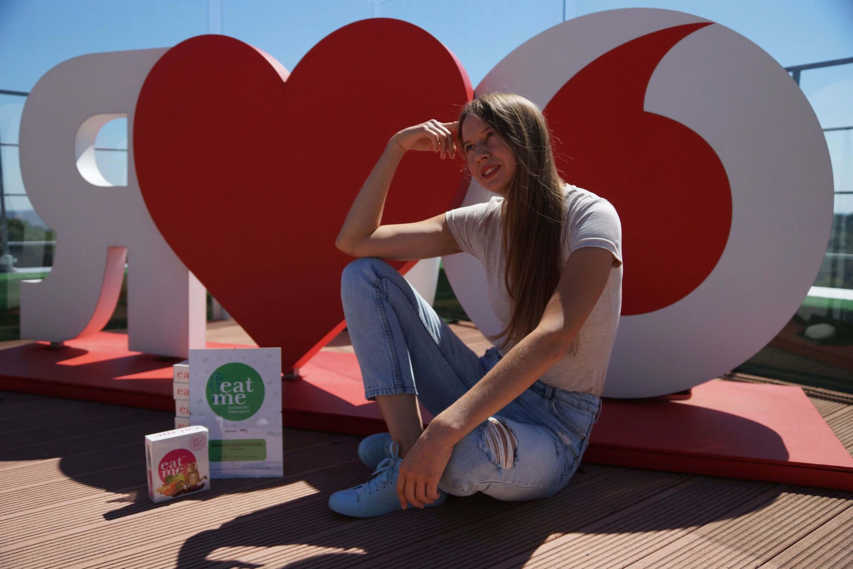17658239973_Vodafone_Elena_Shestakova